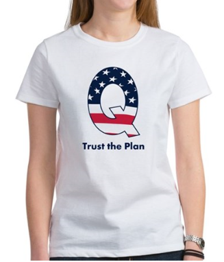 Q T-shirt with Stars and Stripes Trust the Plan